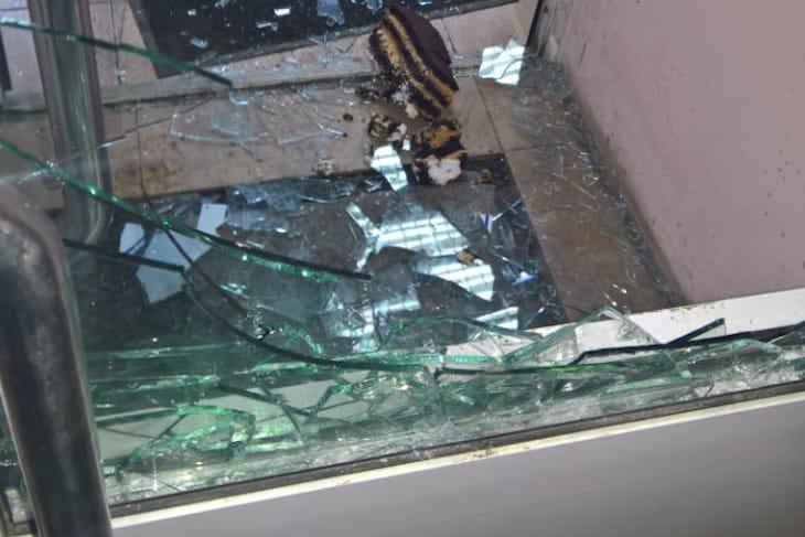 Сотрудники охранного предприятия  меньше чем за минуту задержали грабителей в Иркутске